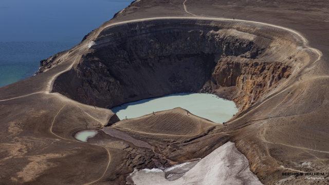 Zentralvulkan Askja in dem man bei angenehmen Temperaturen baden kann