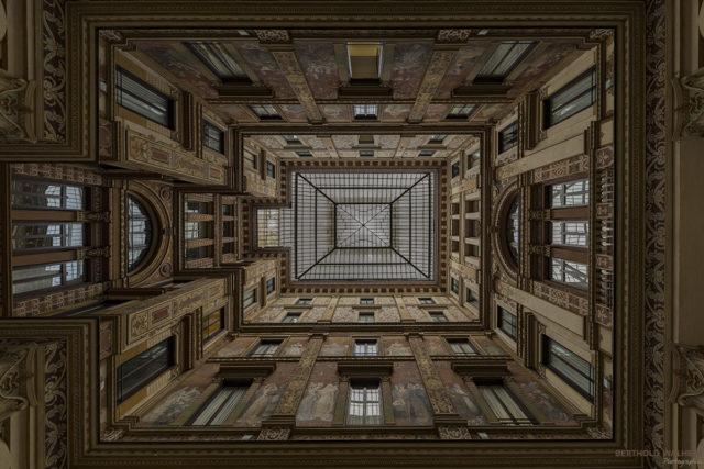 Rom; Innenhof Palazzo Sciarra