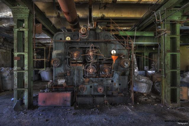 Im verlassenen Linoleumwerk