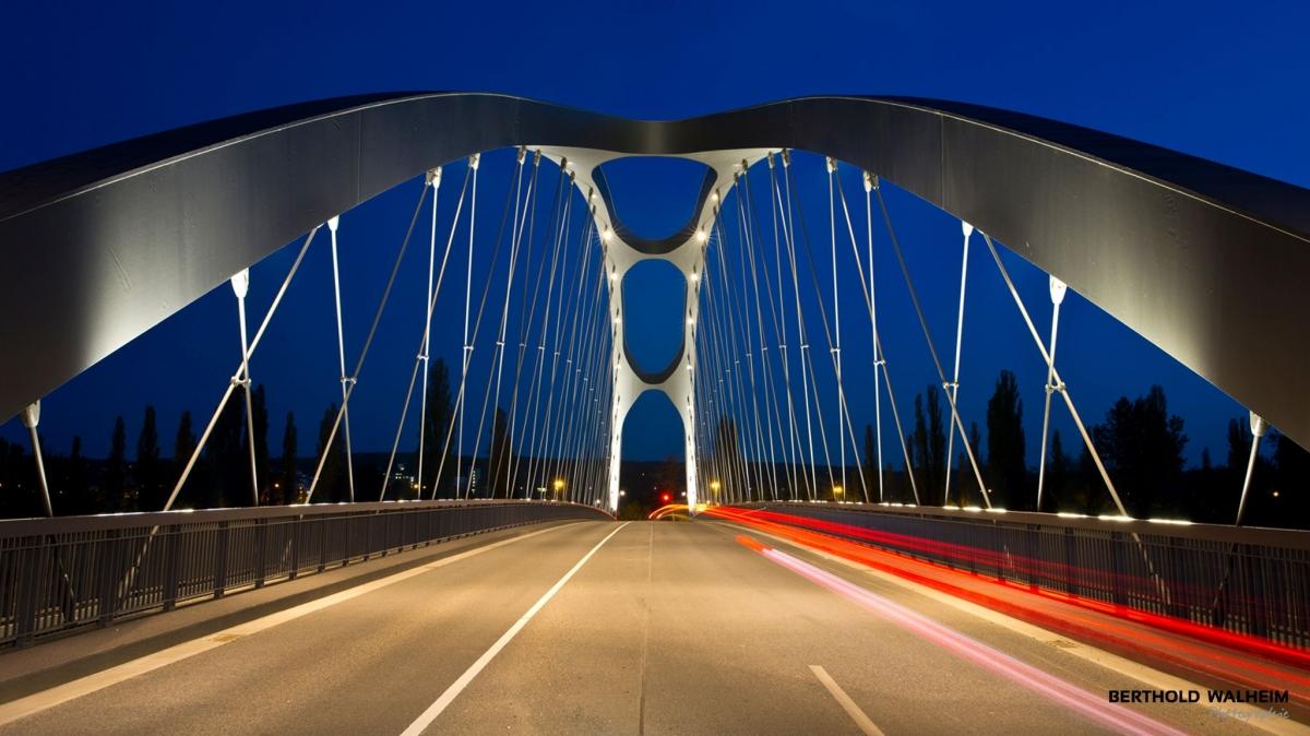 Neue Osthafenbrücke, Frankfurt/Main
